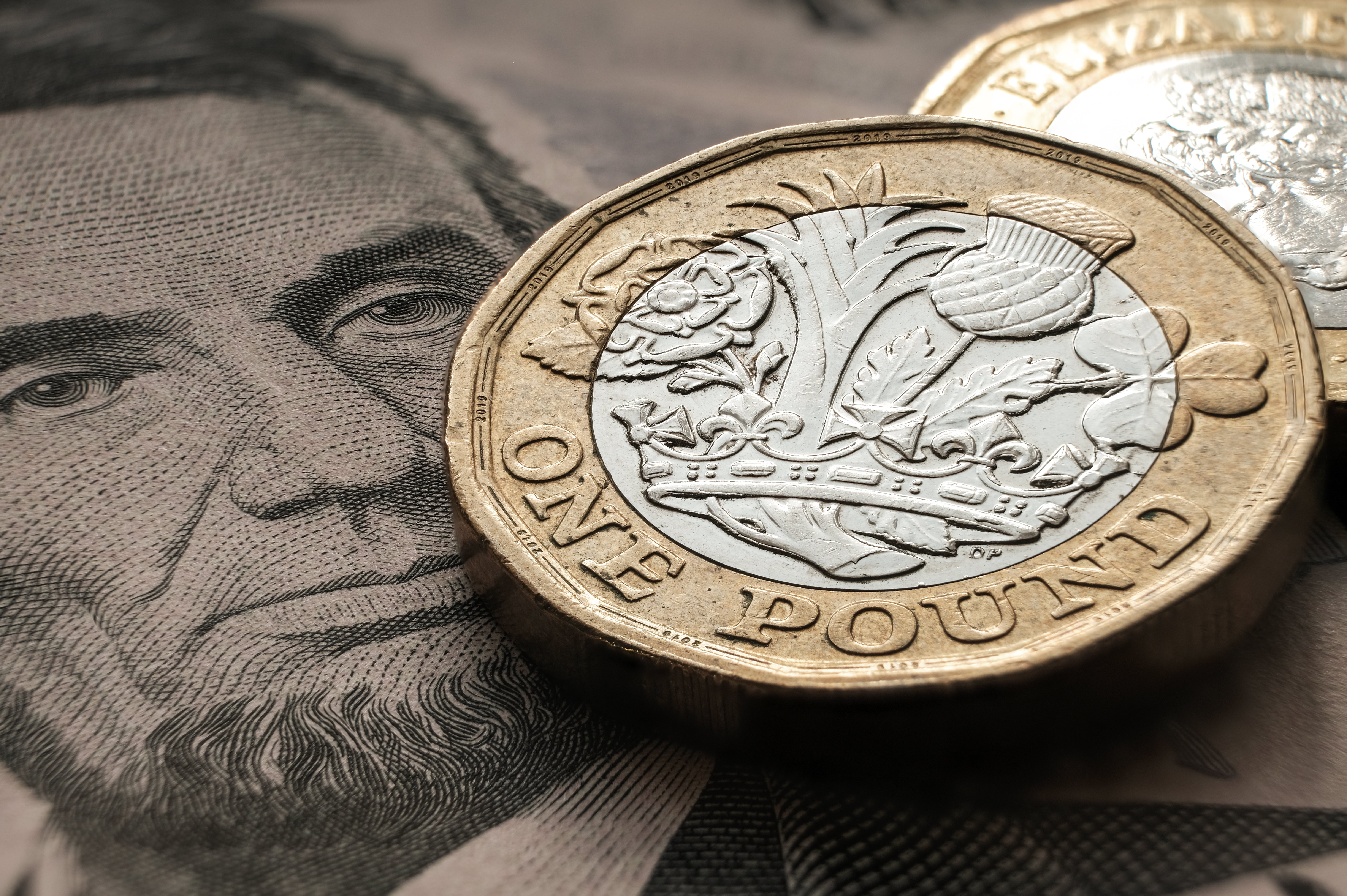 GBPUSD close to its lowest level this year