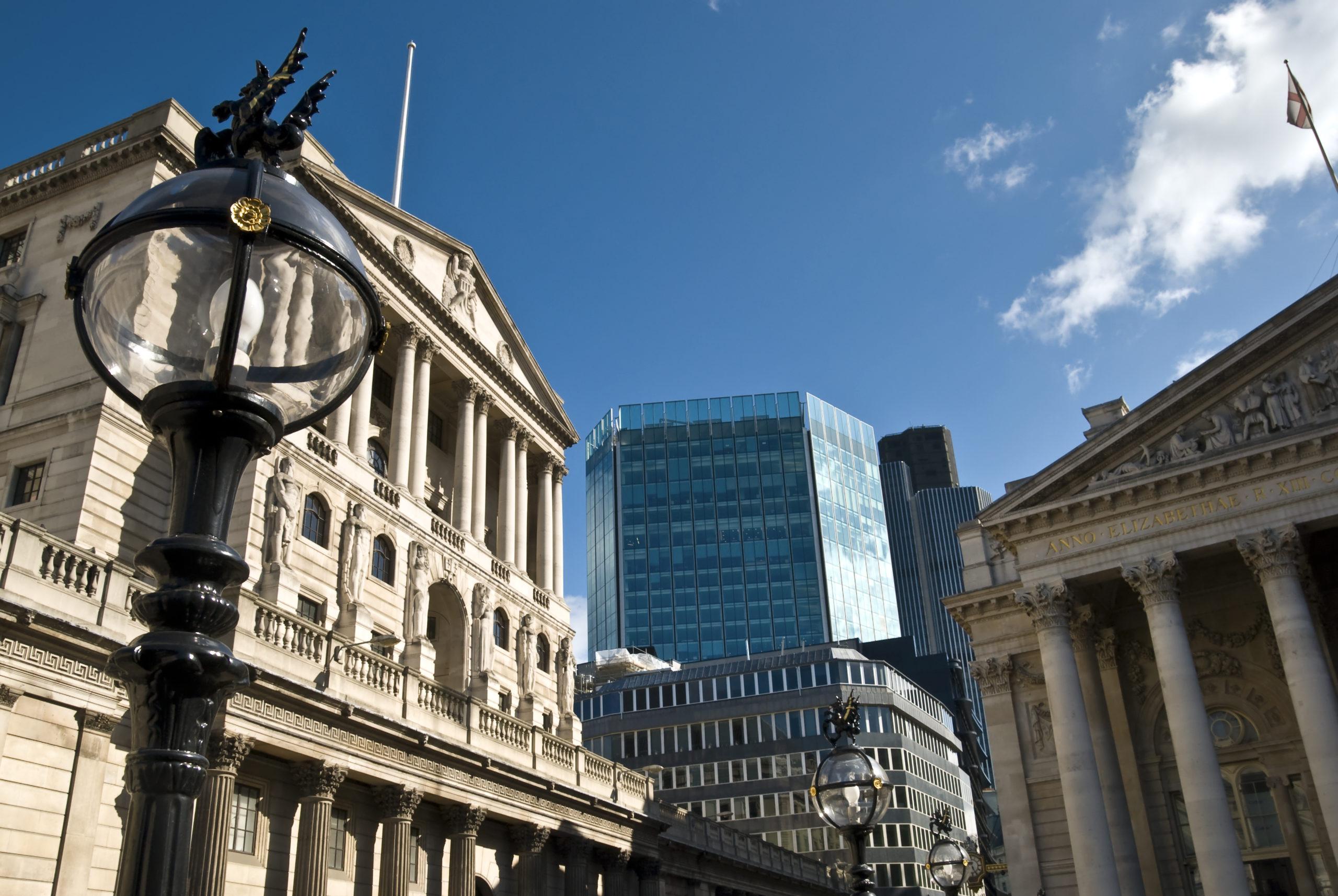 18/03 – Bank of England meeting at noon