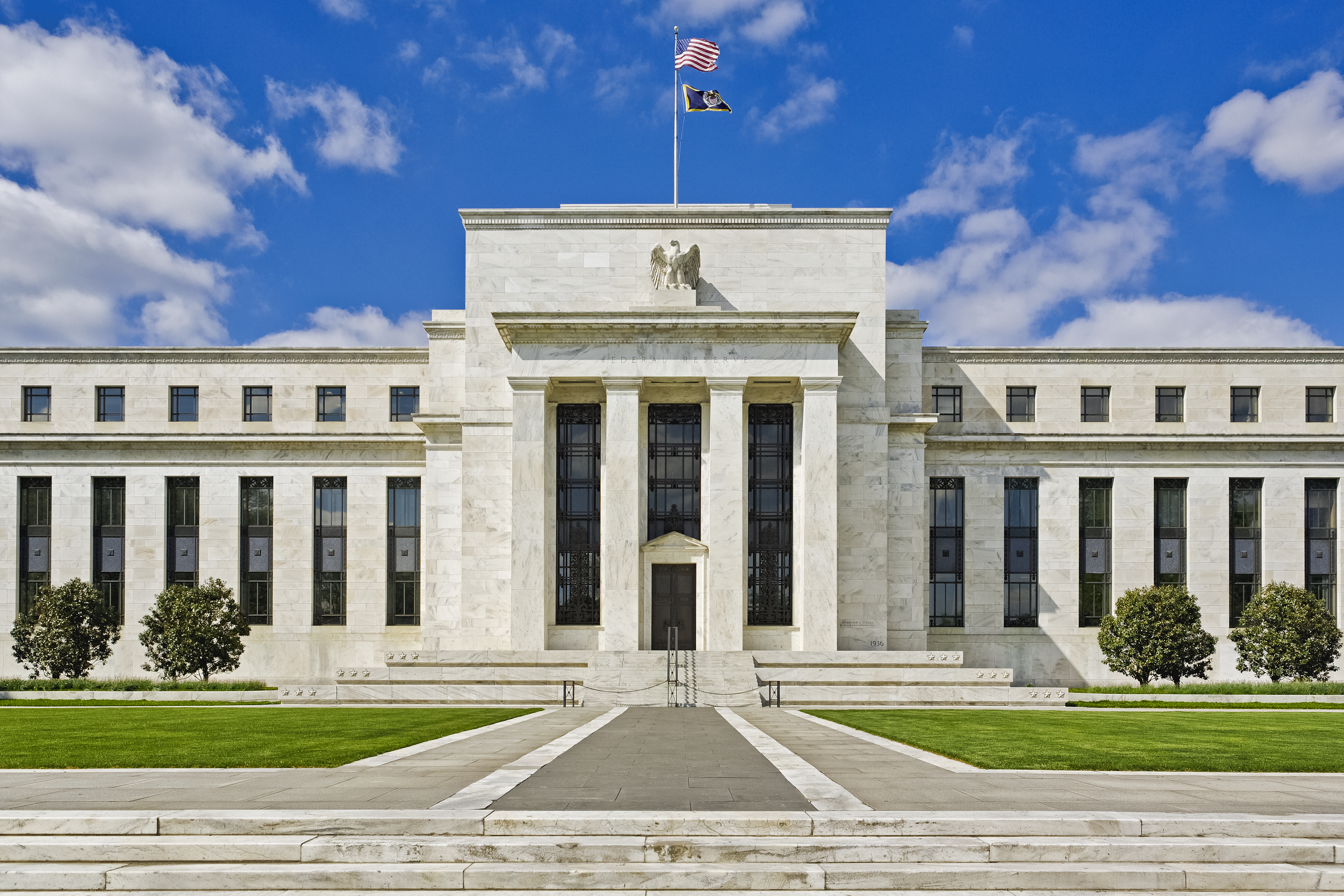 20/05 – Dollar volatile after Fed minutes